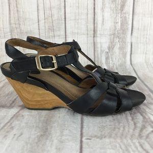 Clarks Artisan Black Leather Wedge Sandals Sz 6.5